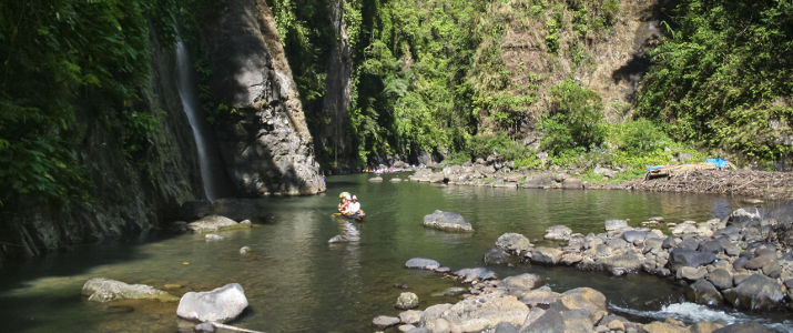 pagsanjan river to the falls in laguna luzon philippines