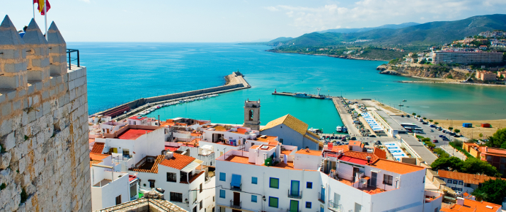 shutterstock_86409061_-view-of-the-peniscola-port-valencia-spain